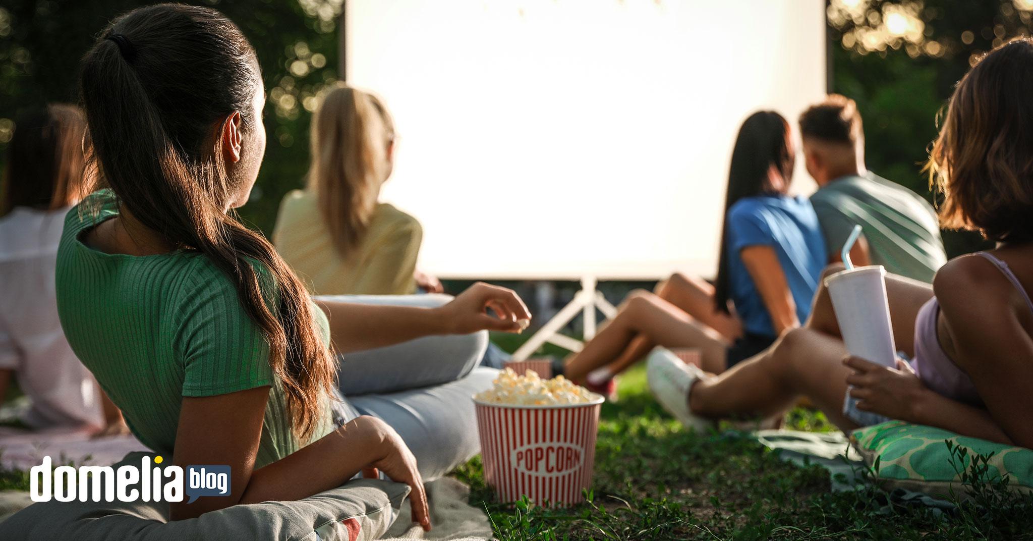 Letné kino - 10 tipov na skvelé leto s nízkym rozpočtom - Blog - Domelia.sk